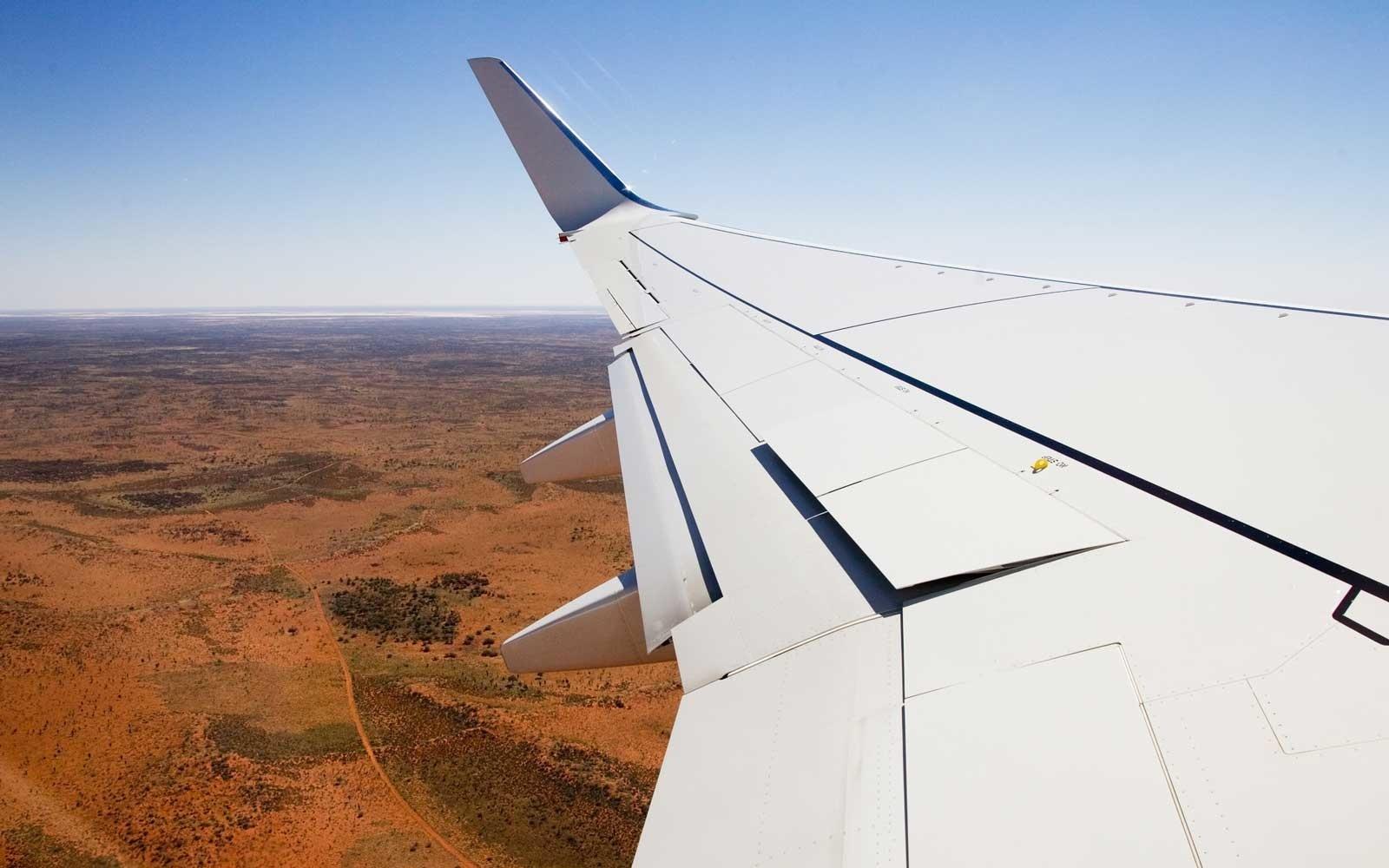 airplane-wing-australia-PROFITROUTE0718